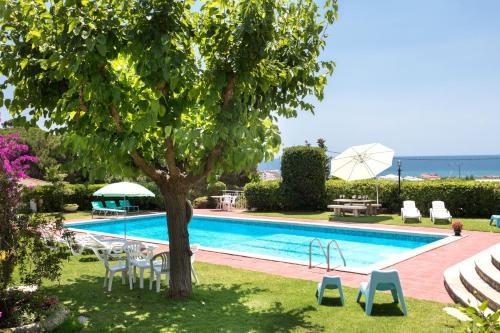 Description for a11y. Costa Maresme Apartment. Santa Susanna ...