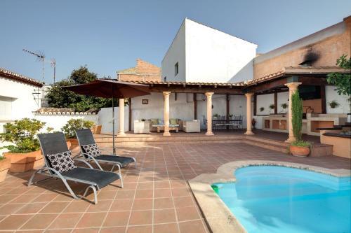 Booking.com: Hoteles en Serrato. ¡Reserva tu hotel ahora!