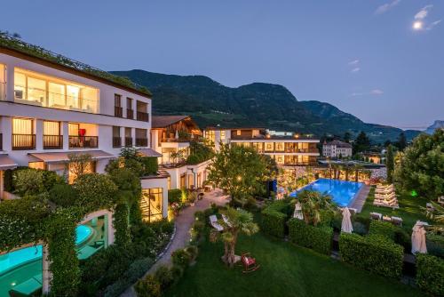 Die 10 Besten 5 Sterne Hotels In Meran Italien Booking Com