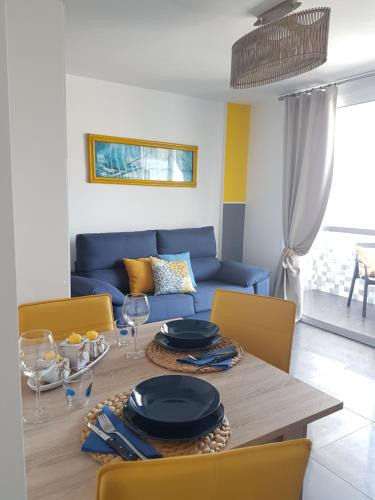 Description for a11y. Modern Apartment In Playa Del Ingles