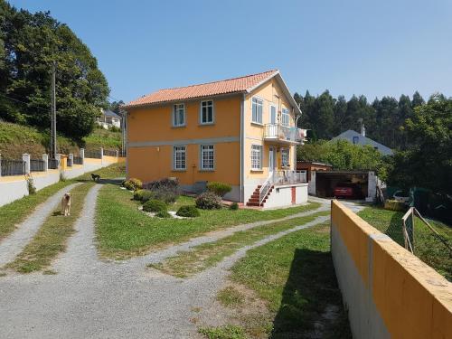 Apartment Casa Ventín, Cabañas, Spain - Booking.com