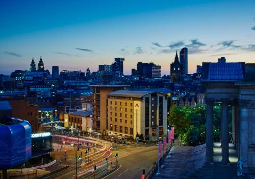 The 10 best hotels with pools in liverpool uk for Hotels in liverpool with swimming pool