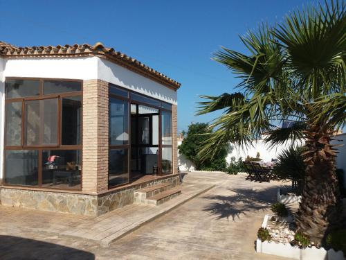 Description for a11y. Chalet Duna. El Palmar ...