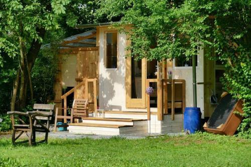 Gartenzimmer mit Outdoorbad