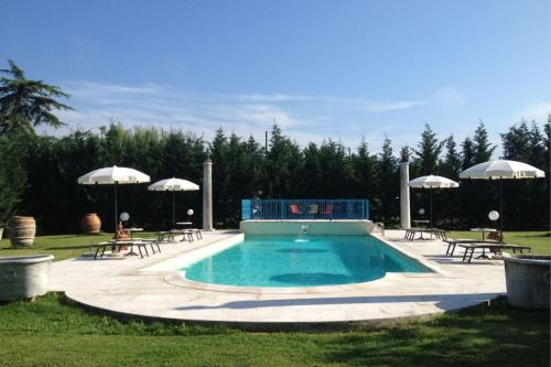 Chiassa-Tregozzano Villa Sleeps 8 Pool WiFi