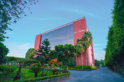The 10 Best 5 Star Hotels In Lucknow India Check Out Our Selection Of Great