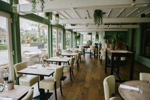 Van Dijk Riethoven.Booking Com Hotels In Riethoven Book Your Hotel Now