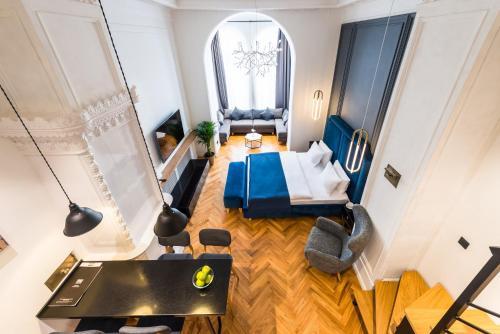 F12 Apartments