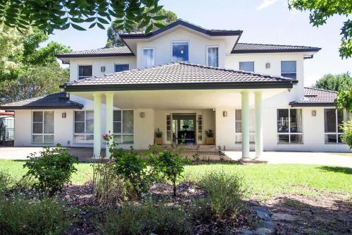 Mudgee Country Grandeur Home