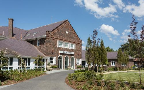 Brassey Hotel - Managed by Doma Hotels