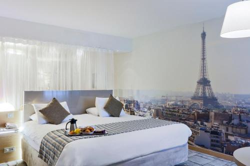 The 10 Best Mercure Hotels in Paris, France | Booking.com