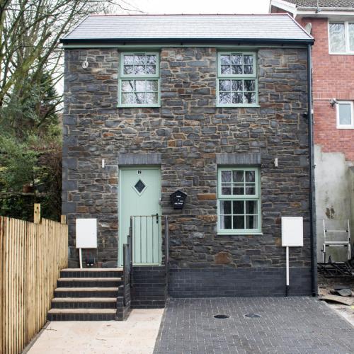 Ash Cottage, Merthyr Tydfil, UK - Booking com