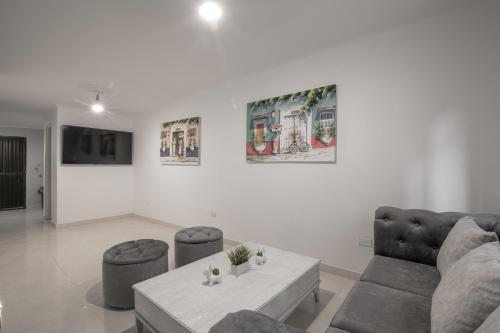 Gorgeous 3 Bedroom Old City House