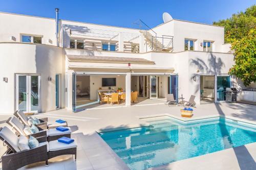 Cala Dor Luxurious Sea Views Villa with Pool