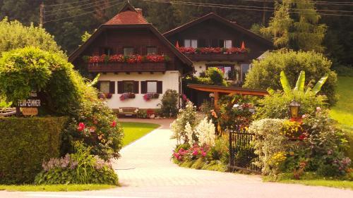 Blumenpension Strauss
