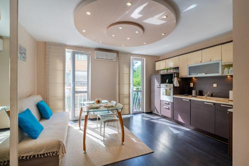 top location apartment in the center