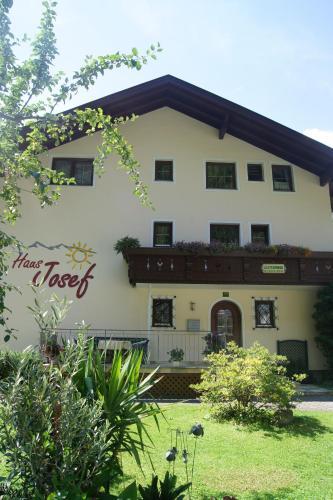 Haus Josef