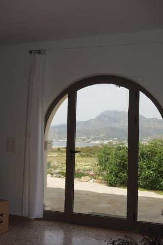 The 10 best villas in Makry Gialos, Greece | Booking com