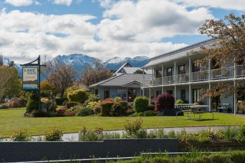 Lakeside Motel & Apartments