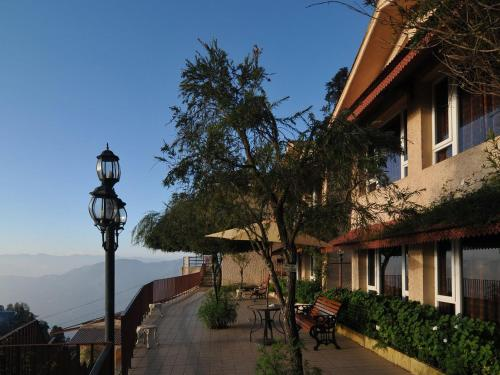 The 10 best resorts in mussoorie india - Mussoorie hotels with swimming pool ...