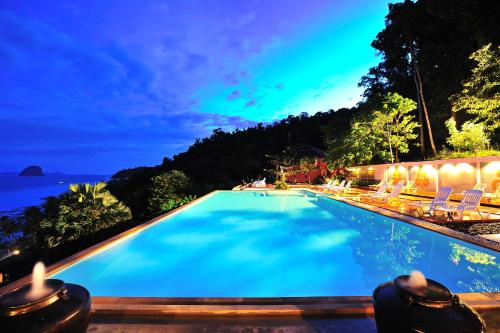 Koh Ngai Cliff Resort, Ko Ngai, Thailand - Booking com