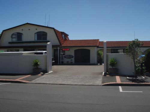 Manfeild Park Motel