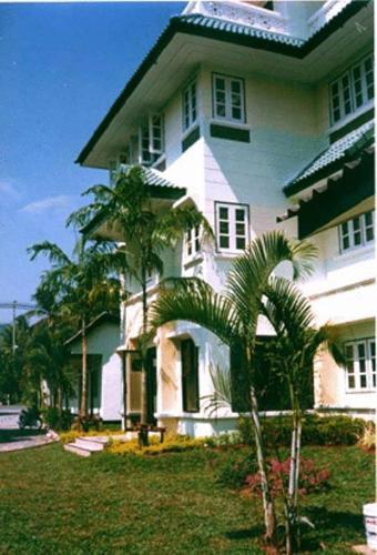 Na Na Chart Phuket
