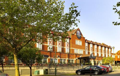 Village Hotel Cardiff