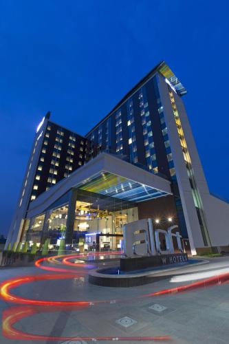 The 10 Best 5-Star Hotels In Bangalore, India