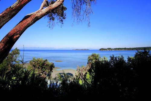 Tigh-Na-Mara Seaside Spa Resort