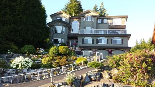 Squamish Highlands Bed & Breakfast