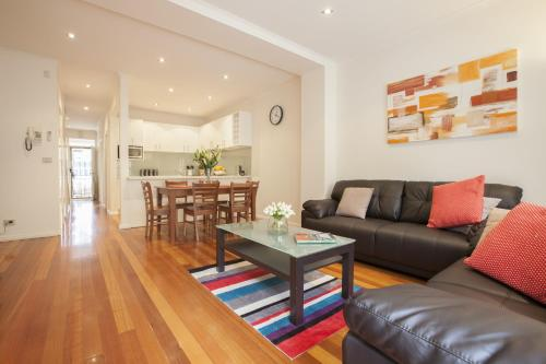 Boutique Stays - Melrose Terrace, Townhouse in North Melbourne
