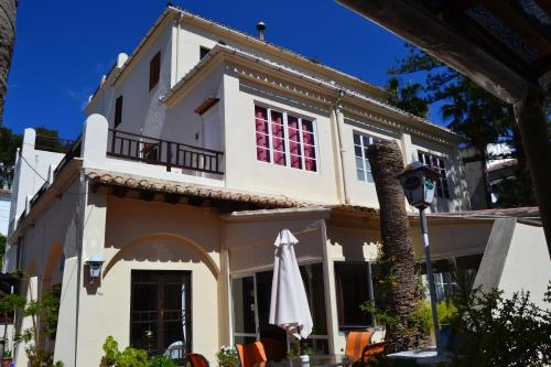 La Mimosa Guesthouse
