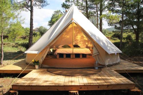 Booking.com : Španělsko – luxusní stany. 49 kempingů ve ...