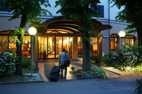 Os 10 melhores hotéis com piscina em Modena, Itália ...