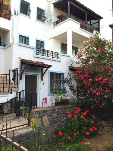 Gumbet Apartment