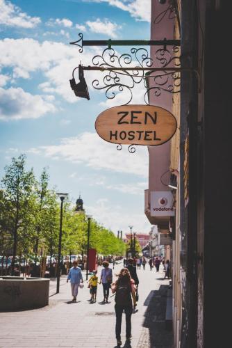 Zen Hostel by Pura Vida