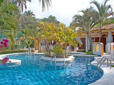 Villa Corona del Mar Hotel and Bungalows
