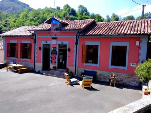 Covadonga Hostel