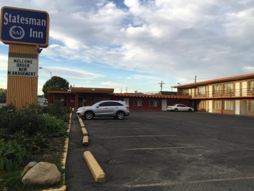 Statesman Inn Motel Terre Haute In
