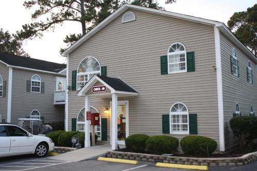 Multi Resorts at Country Club Villas