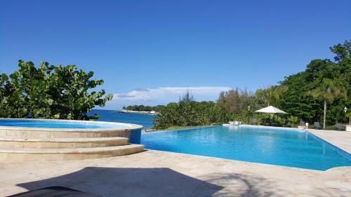 Hispaniola Beach Ocean view apartment