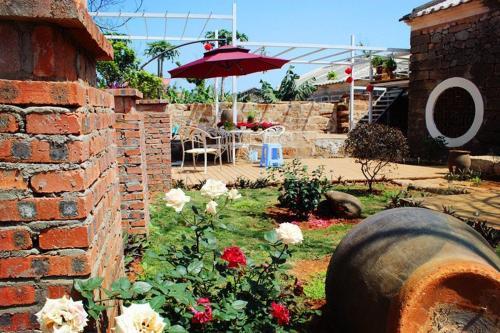 Beihai Weizhou Island Secret Garden Inn