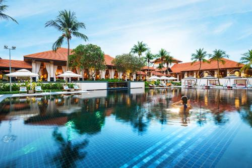 The 10 best resorts in singapore singapore booking sofitel singapore sentosa resort spa publicscrutiny Image collections