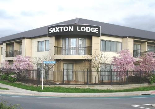Saxton Lodge Motel