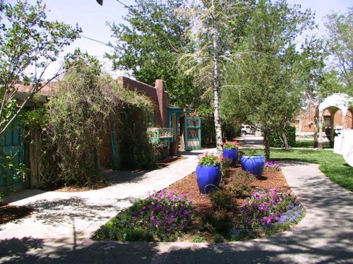 Casas de Suenos Old Town Historic Inn