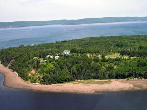 Still Point Lodge