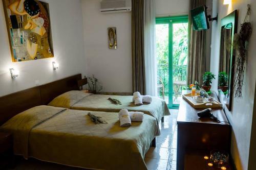 Τα 10 Καλύτερα Ξενοδοχεία που δέχονται Κατοικίδια στη Σκιάθο Πόλη ... 99f9abf3011