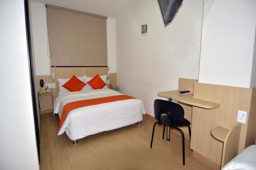 Hotel Granada Plaza