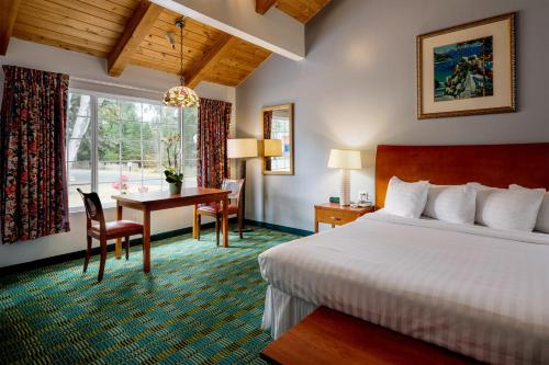Phenomenal The 10 Best Pet Friendly Hotels In Pacific Grove Usa Home Interior And Landscaping Ponolsignezvosmurscom